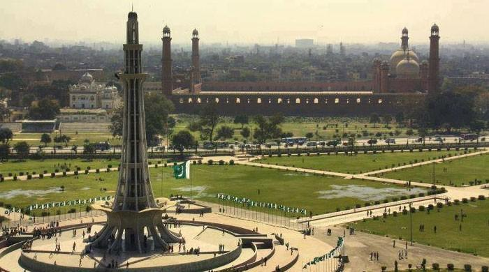 Lahore-The-Land-of-Wonders
